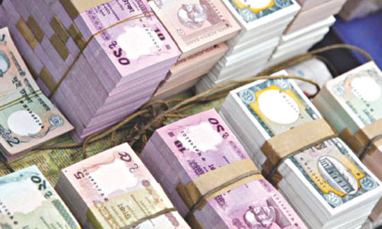 Bangladesh banks' excess liquidity falls significantly