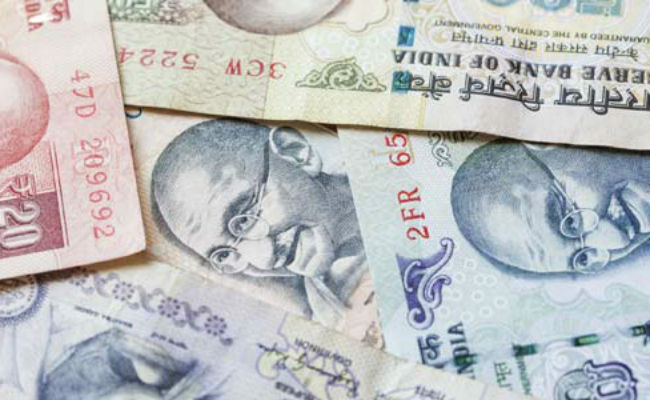 Rupee holds line against US dollar at opening
