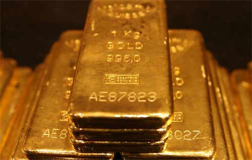 Gold prices gain slightly in Asia