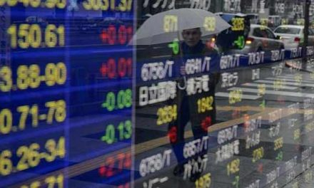 Asian markets close mixed, China PMI slightly higher
